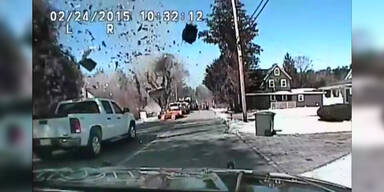Dashcam filmt Haus-Explosion