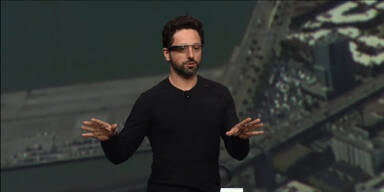 """Google zeigt """"Project Glass"""" Live Demo"""