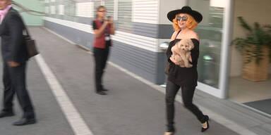 Lady Gaga mit Privatjet in Wien gelandet