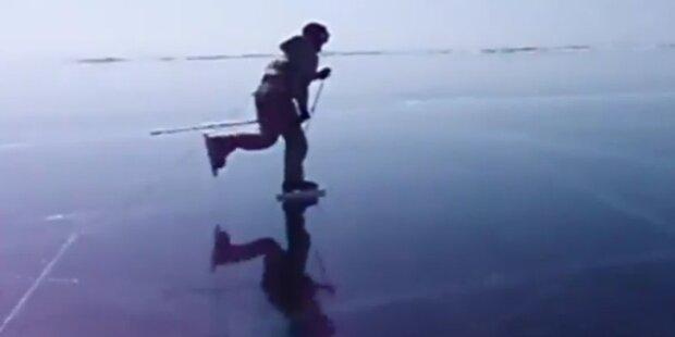 Mit den Schlittschuhen über den Baikalsee