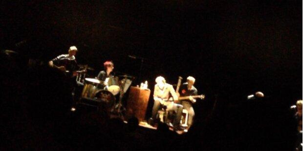 Die Toten Hosen covern Falco bei Live-Konzert