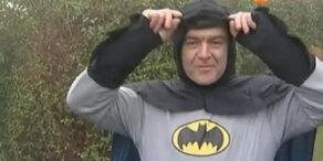Der 39-jähriger Brite Steve Worby ist Batman