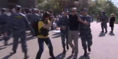 Stiller Protest endet in Verhaftungswelle