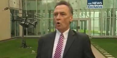 Australischer Minister singt und tanzt im TV