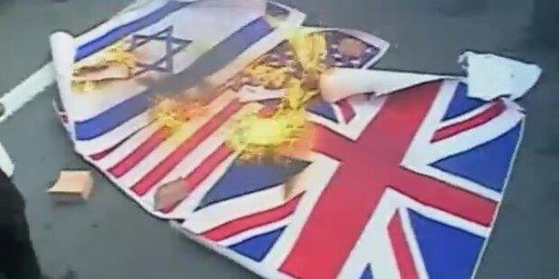 Iranische Studenten stürmen britische Botschaft