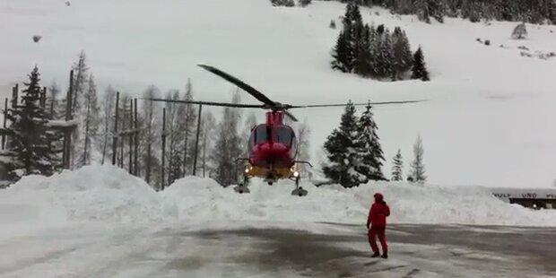 Russen flüchten per Heli vor Schnee
