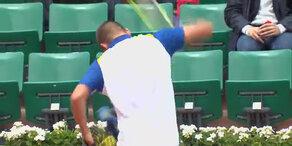 Youzhny zerhackt sein Racket