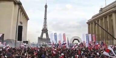 Fans von PSG drehen bei Meisterfeier durch