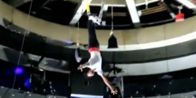 Akrobat: Horror-Sturz aus 26 Metern
