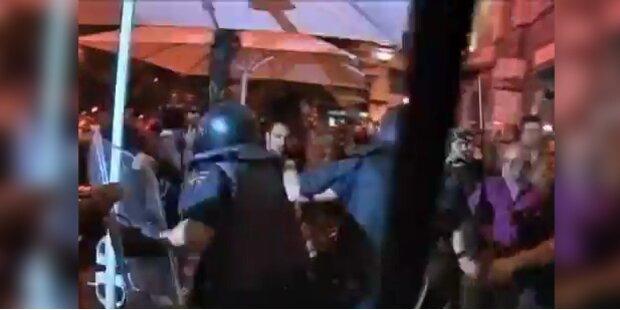 Spanien: Mit Schlagstöcken gegen die Demonstranten