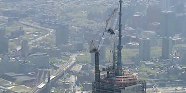 One World Trade Center bekommt  seine Spitze