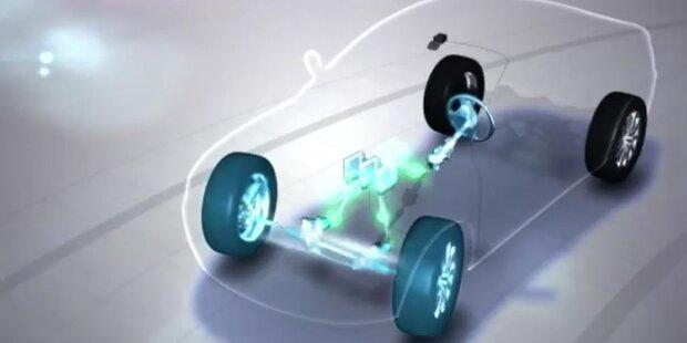 Nissan lenkt selbst um Hindernis herum