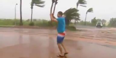 """Zyklon """"Rusty"""" wütet an der Nordwestküste"""