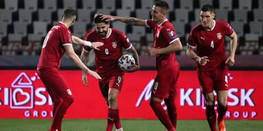 Serbien feiert Rekordtorschütze Aleksandar Mitrovic
