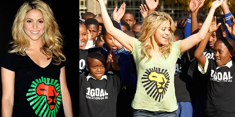 Shakira präsentiert T-Shirt zur WM