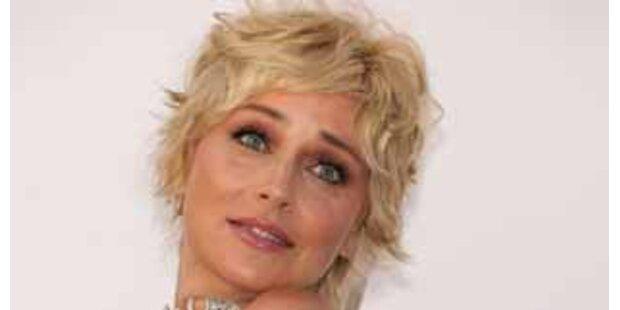 Sharon Stone entschuldigt sich für Karma-Äußerung