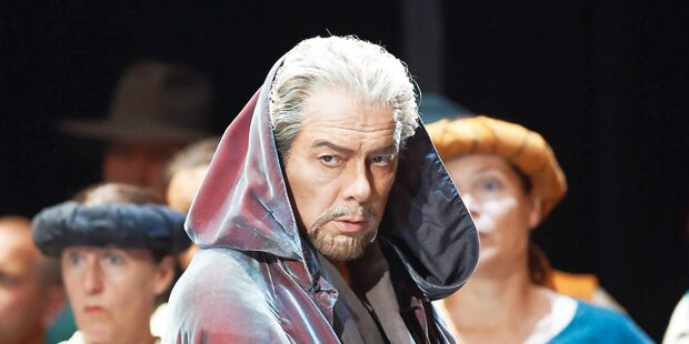 Fürst der Bässe singt Verdi