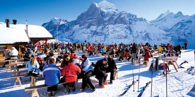 Pinzgau: Suche betrunkenem Skifahrer