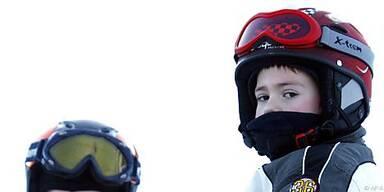 Skihelme müssen Kindern passen