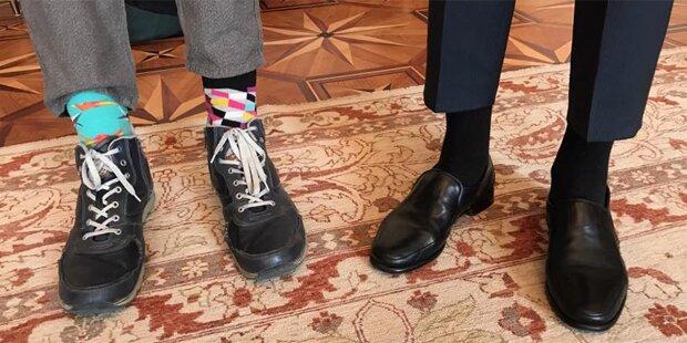 Lustiges Socken-Selfie mit Van der Bellen