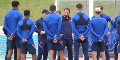 England-Coach Gareth Southgate beim Training