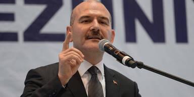 Türkischer Minister tritt nach Ausgangssperren-Chaos zurück