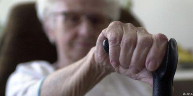 Pflegekarenz soll 2014 kommen