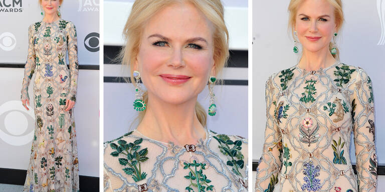 Nicole Kidman bezaubert in hautenger Robe