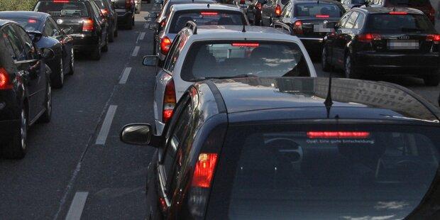 Gasgebrechen sorgt für Mega-Stau in Wien
