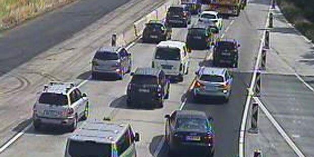 Mega-Stau auf A2 nach Verkehrsunfall