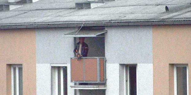 Steyr: Cobra überwältigt Balkon-Schützen
