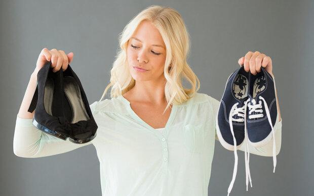 Mit diesem Trick bleiben Schuhe im Sommer frisch