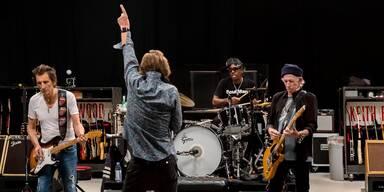 Stones: 1. Foto mit neuem Drummer