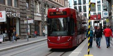 Unfall in Innsbruck: Zwei Frauen von Straßenbahn erfasst