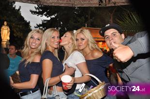 Streetfestival_2.jpg
