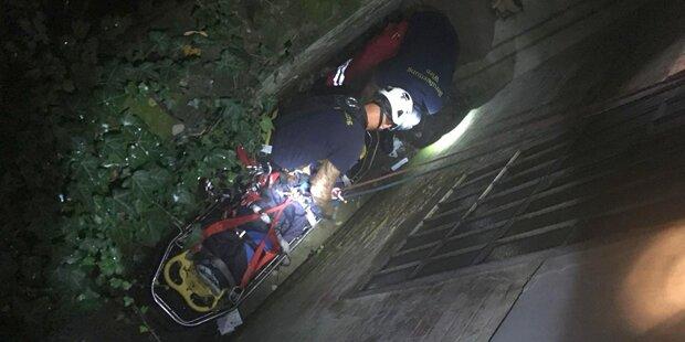 Raucherin (30) fällt in Wiener Wohnhaus in Lichtschacht