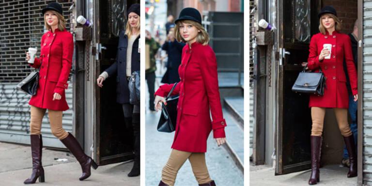 Taylor zeigt sich im Reiterlook