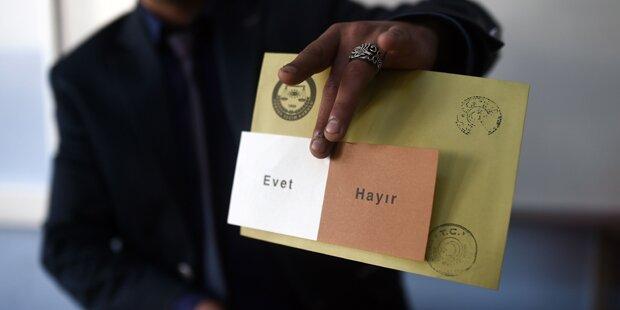 Austro-Türken: Harter Schlagabtausch zwischen Pilz und Sobotka über Wähler-Listen