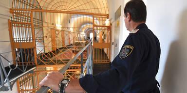 Groß-Razzia in 27 Gefängnissen