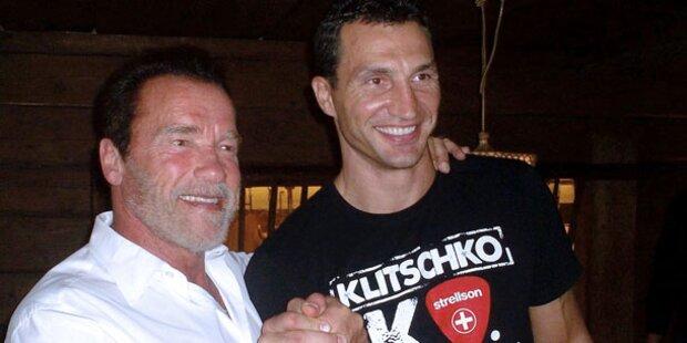 Arnie: Schnitzel & Gewichte in Tirol