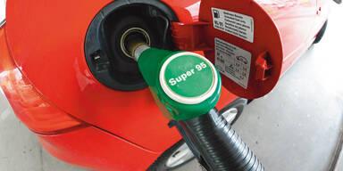 Endlich: Gas, Strom und Sprit heuer billiger