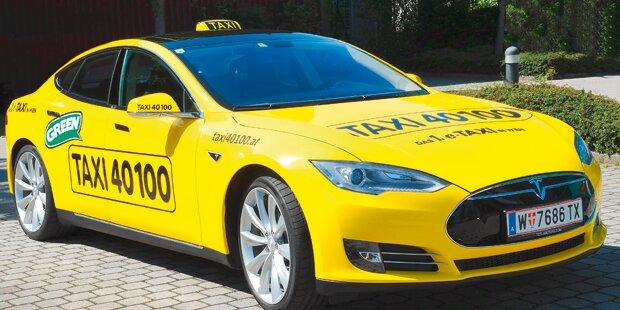 Regierung fährt um 230.000 € Taxi