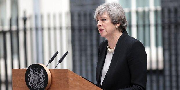 May: härtere Gangart gegen Terror