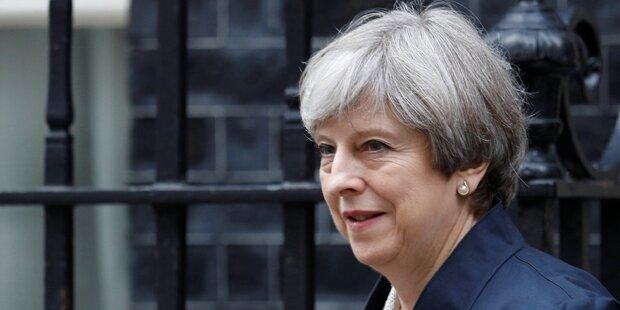May gewinnt Vertrauensabstimmung im Parlament