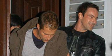 Til Schweiger besoffen: Gedeon Burkhard als Geh-Hilfe