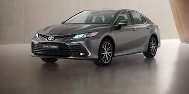 Toyota verpasst dem Camry ein Facelift