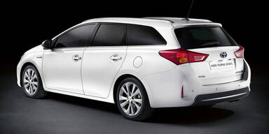 Toyota Auris Kombi und Verso Facelift