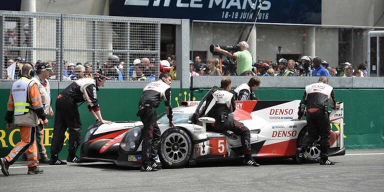 Defekt stoppt Toyota in vorletzter Runde