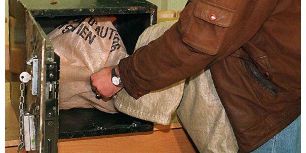Einbrecher erbeuten 12.000 Euro