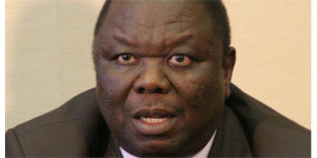 Tsvangirai will in Stichwahl gegen Mugabe antreten